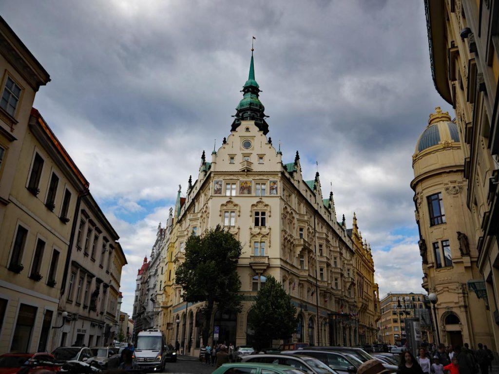 Prager Altstadt mit Kindern