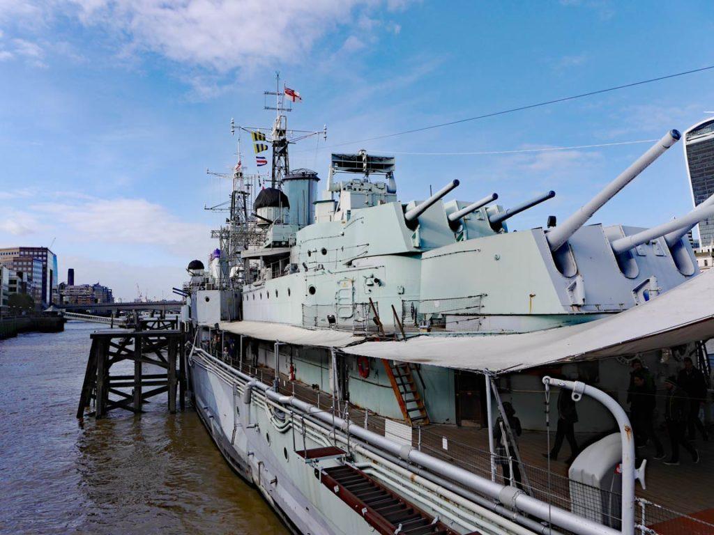 HMS-Belfast-mit-Kindern