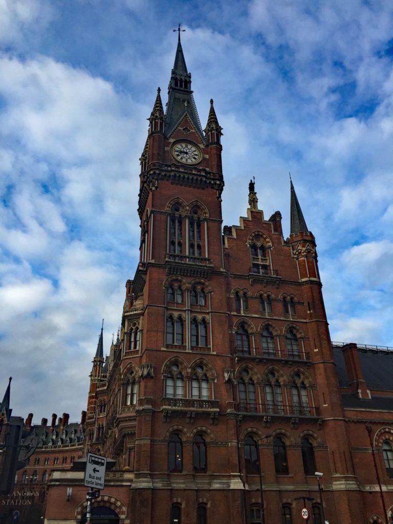 St-Pancras-Kingscross-Harry-Potter-Bahnhof
