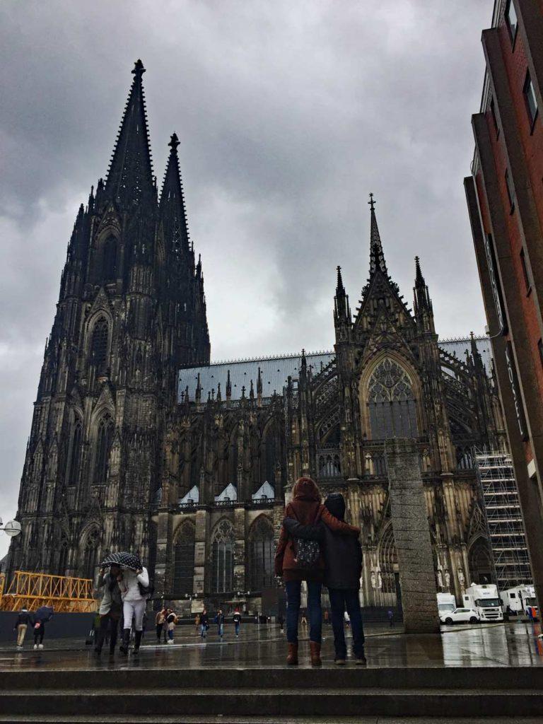 Kölner-Dom-Strandfamilie