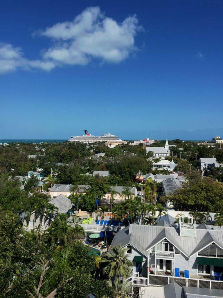Blick-über-Key-West-Leuchtturm-florida-rundreise-mit-kindern