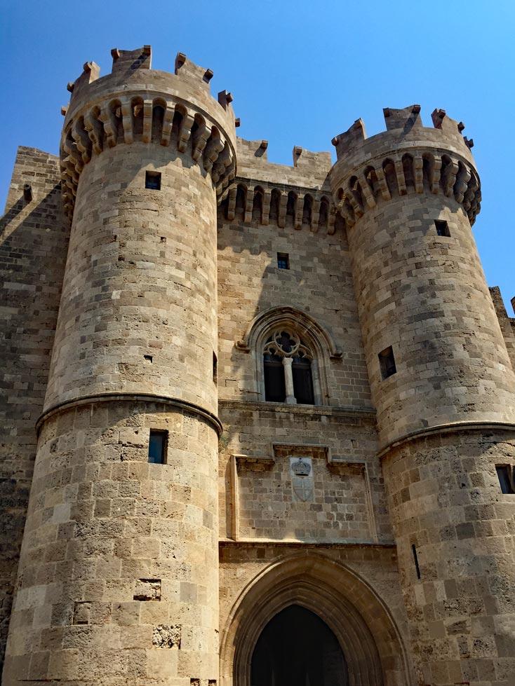Großmeisterpalast Rhodos Stadt mit Kindern