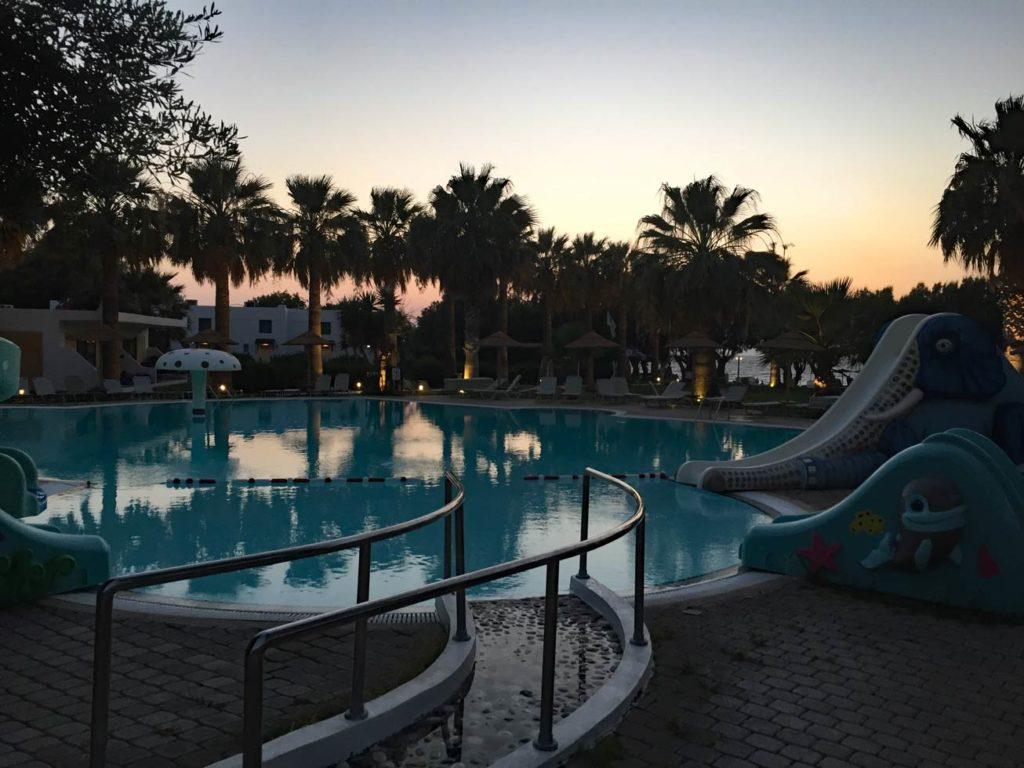 Pool-Alex-Beach-Rhodos