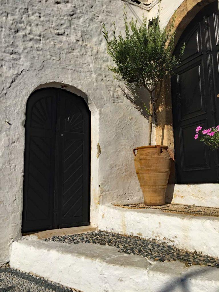 Türen-Rhodos-Lindos