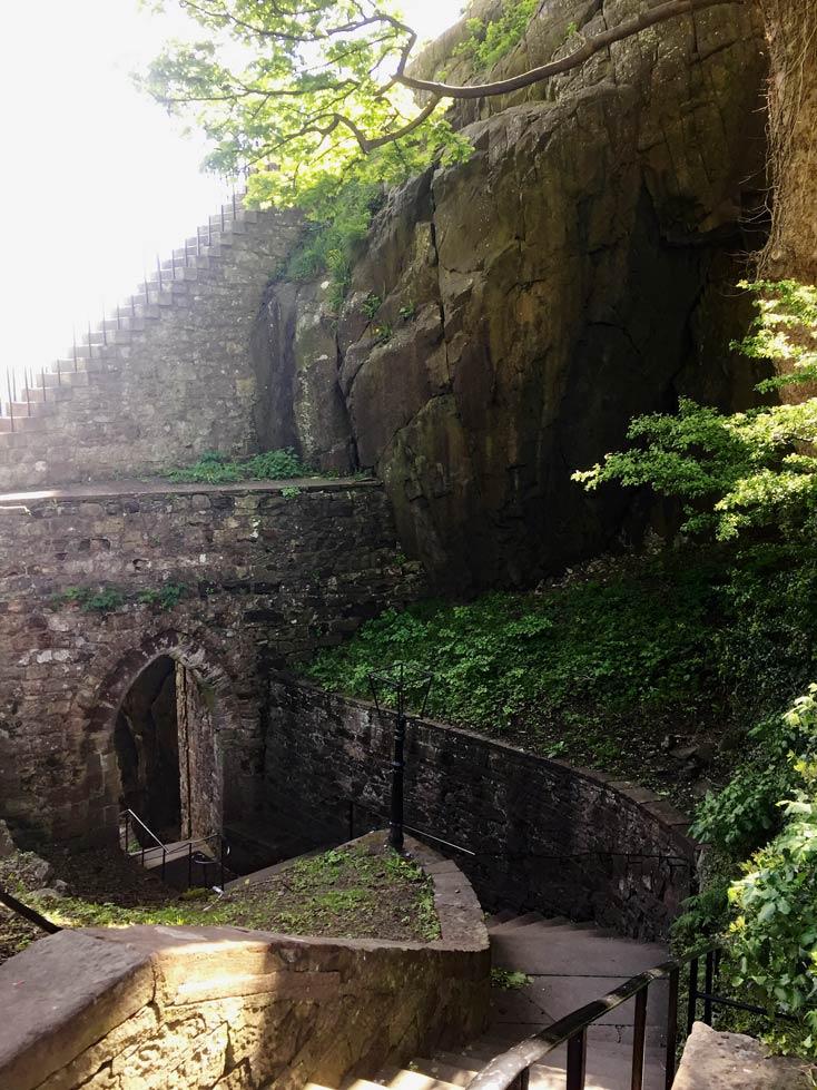 Dumbarton-Castle Roadtrip Schottland