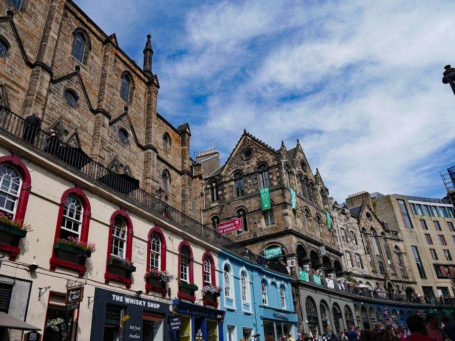 victoria_street_edinburgh_winkelgasse_harry_potter-top-5-reiseziele-harry-potter