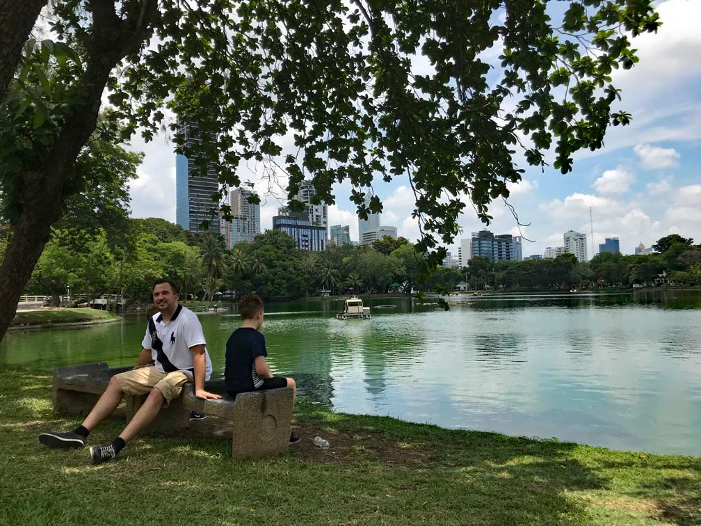 lumphini_park_bangkok_mit_kindern
