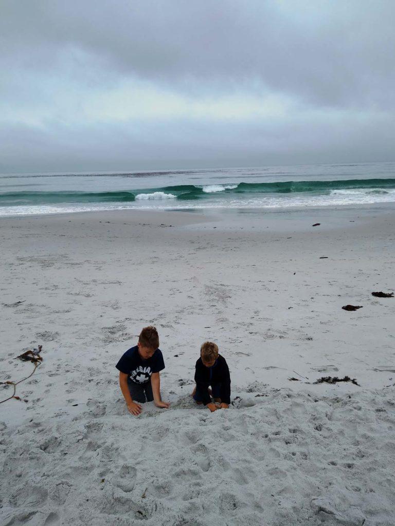 carmel-by-the-sea-beach-highway-1-mit-kindern