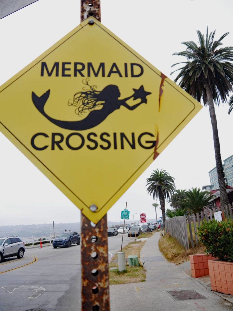 mermaid-crossing-san-diego-mit-kindern