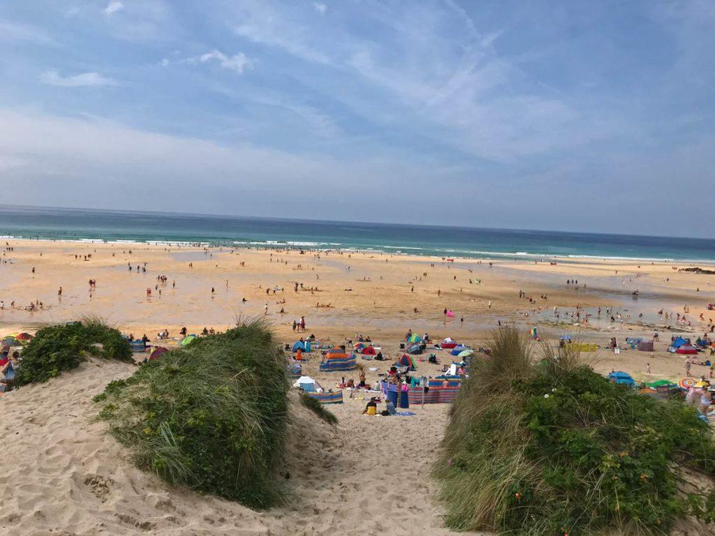 newquay-fistral-beach-cornwall-mit-kindern