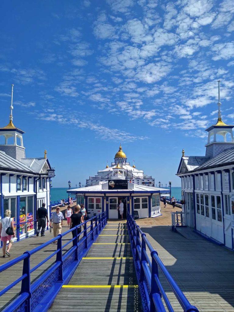 pier-eastbourne-seebad-suedengland-mit-kindern