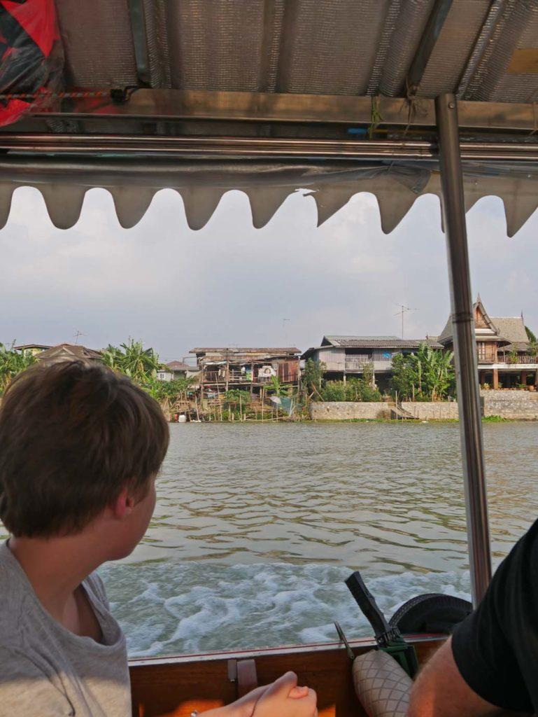 bootsfahrt-ayutthaya-mit-kindern
