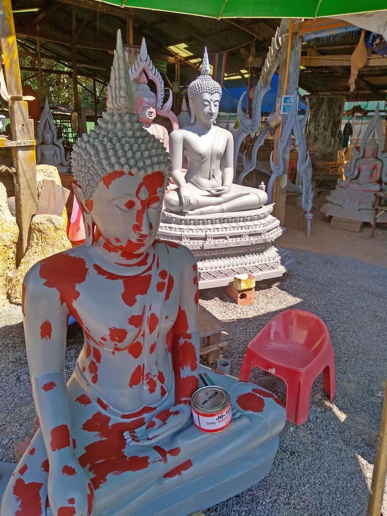 buddha-casting-factory-phitsanulok-mit-kindern