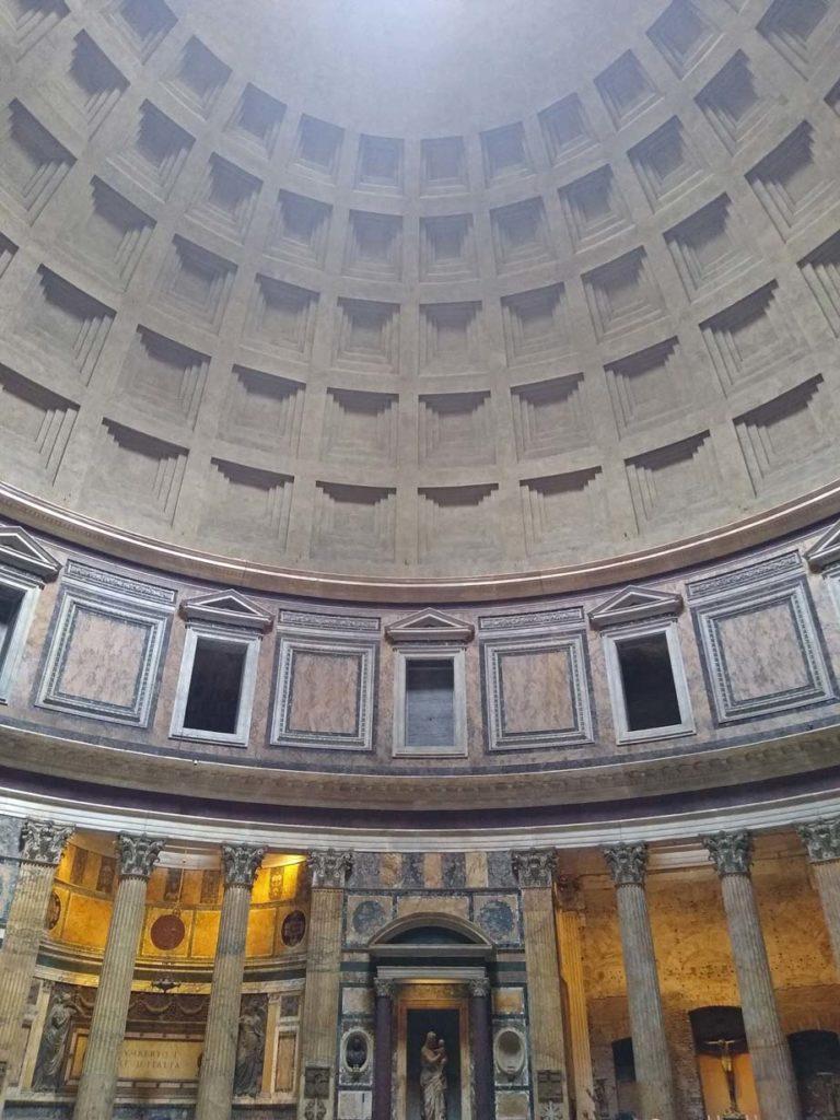 kuppel-pantheon-rom-mit-kindern