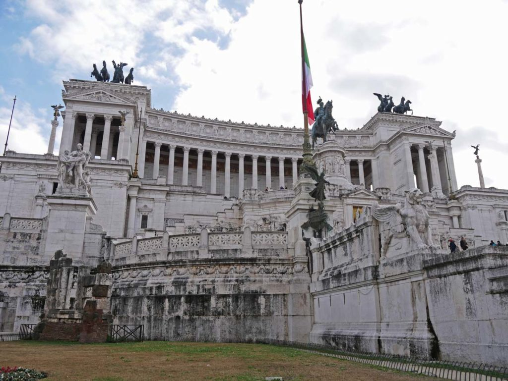 monumento a vittorio emanuele II denkmal rom mit kindern