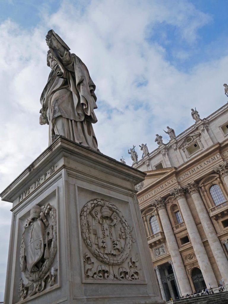 vatikan-vatikanstadt-mit-kindern