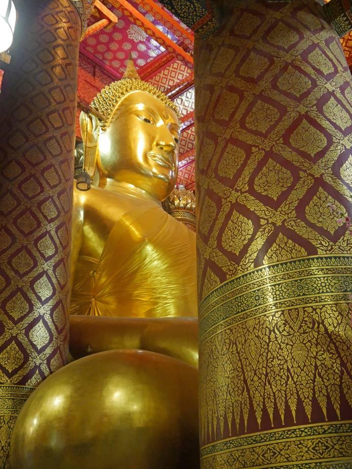 wat-phanan-choeng-ayutthaya-mit-kindern