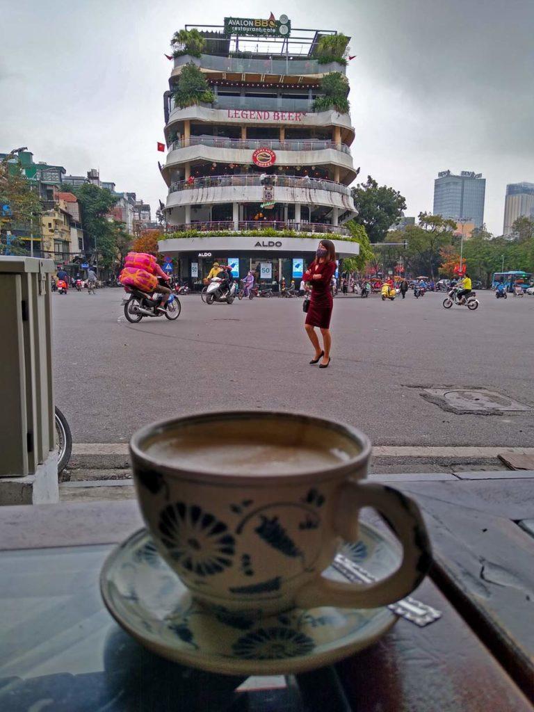 egg-coffee-hanoi-mit-kindern