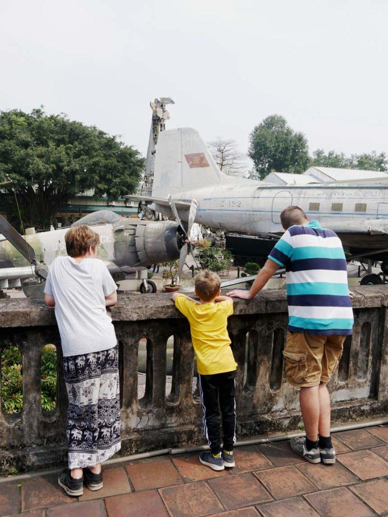 kriegsmuseum-hanoi-mit-kindern