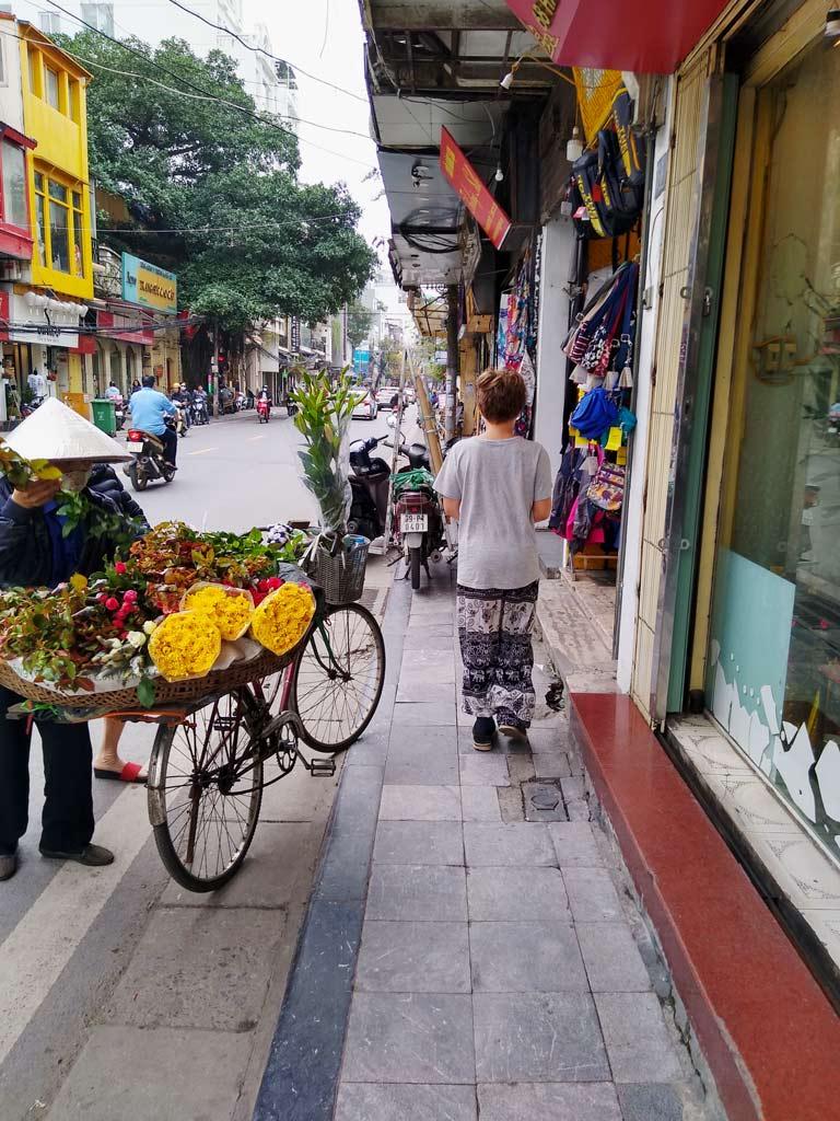 vietnam-hanoi-mit-kindern