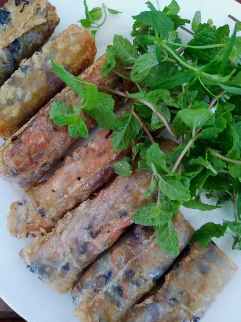 fruehlingsrollen-vietnam-vietnamesisches-essen