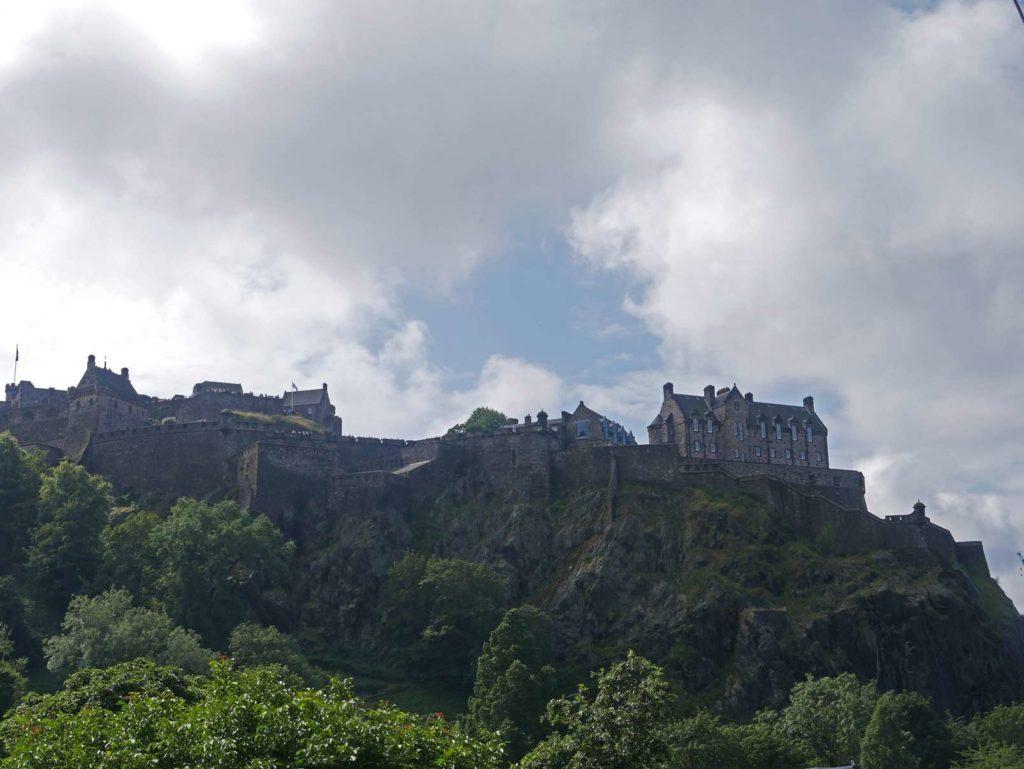 edinburgh-castle-rundreise-england-schottland-mit-kindern