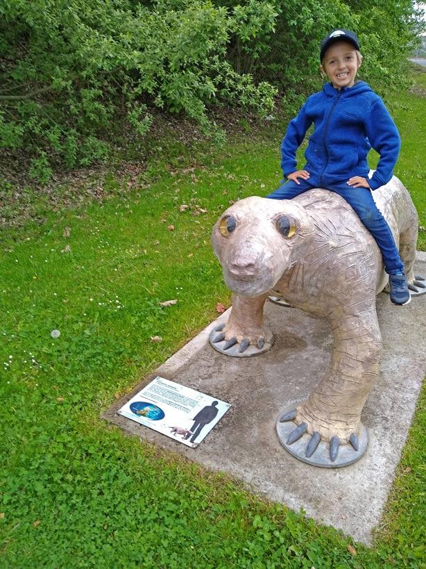 korbacher-dackel-korbacher-spalte-museum-mit-kindern
