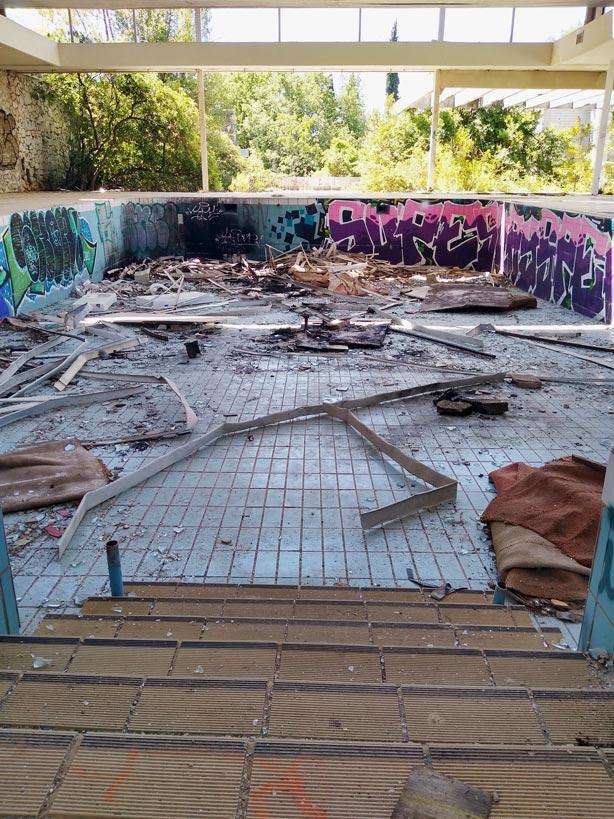 lost places kroatien verlassenes hotel krk