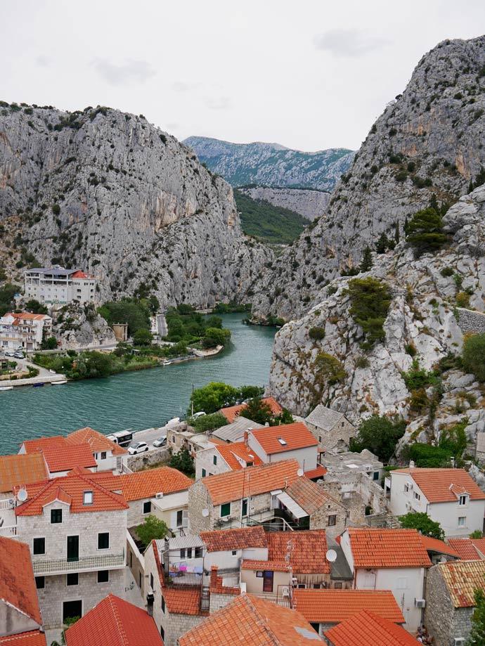 unsere-weltreise-omis-cetina-river-rafting-mit-kindern-dalmatien-roadtrip-kroatien