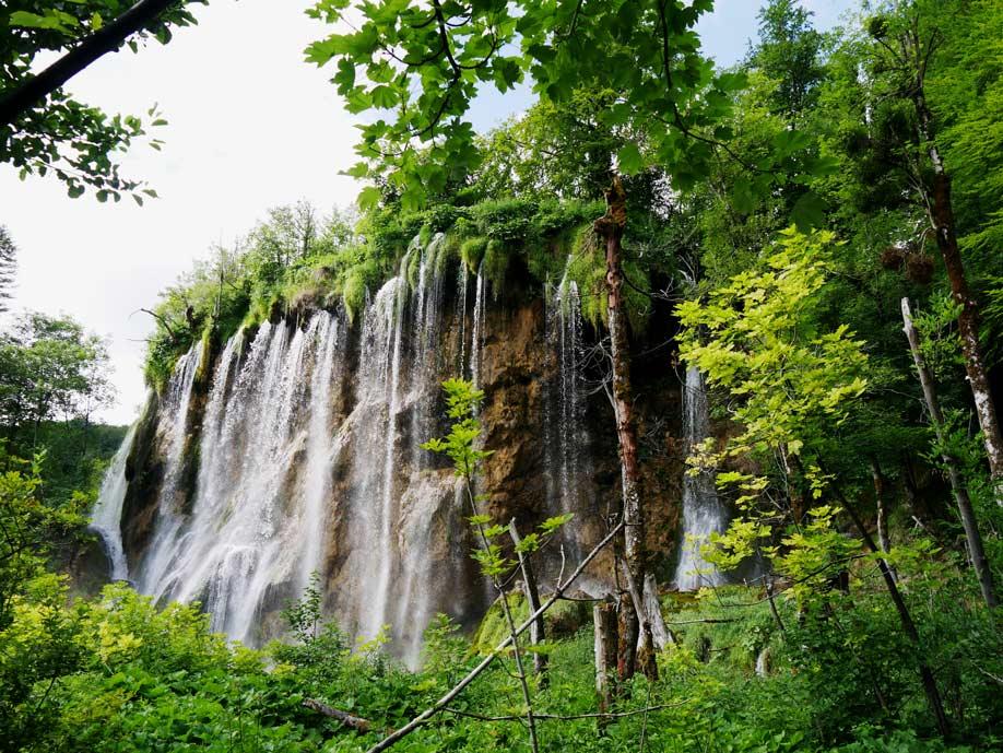 wasserfall-plitvicer-seen-mit-kindern-roadtrip-kroatien