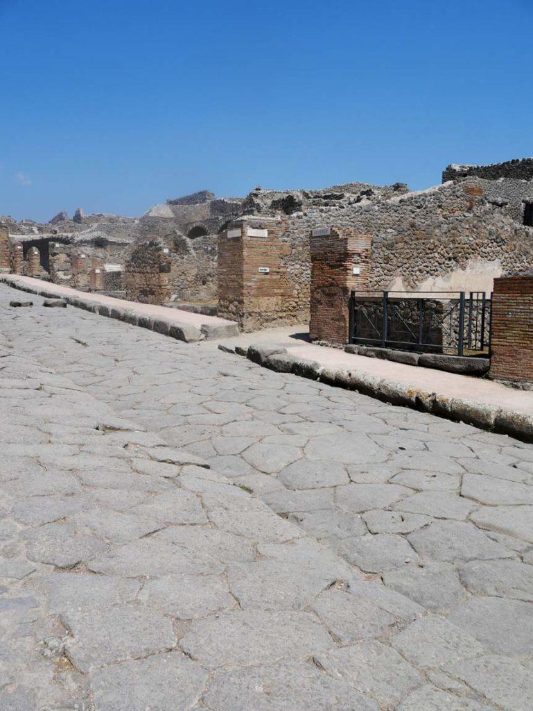 italien-ausflug-pompeji-mit-kindern-besuchen