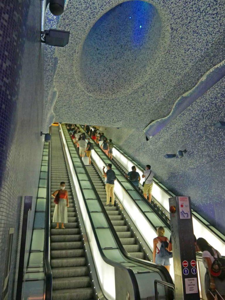 toledo-schoenste-metrostation-europas-neapel-mit-kindern