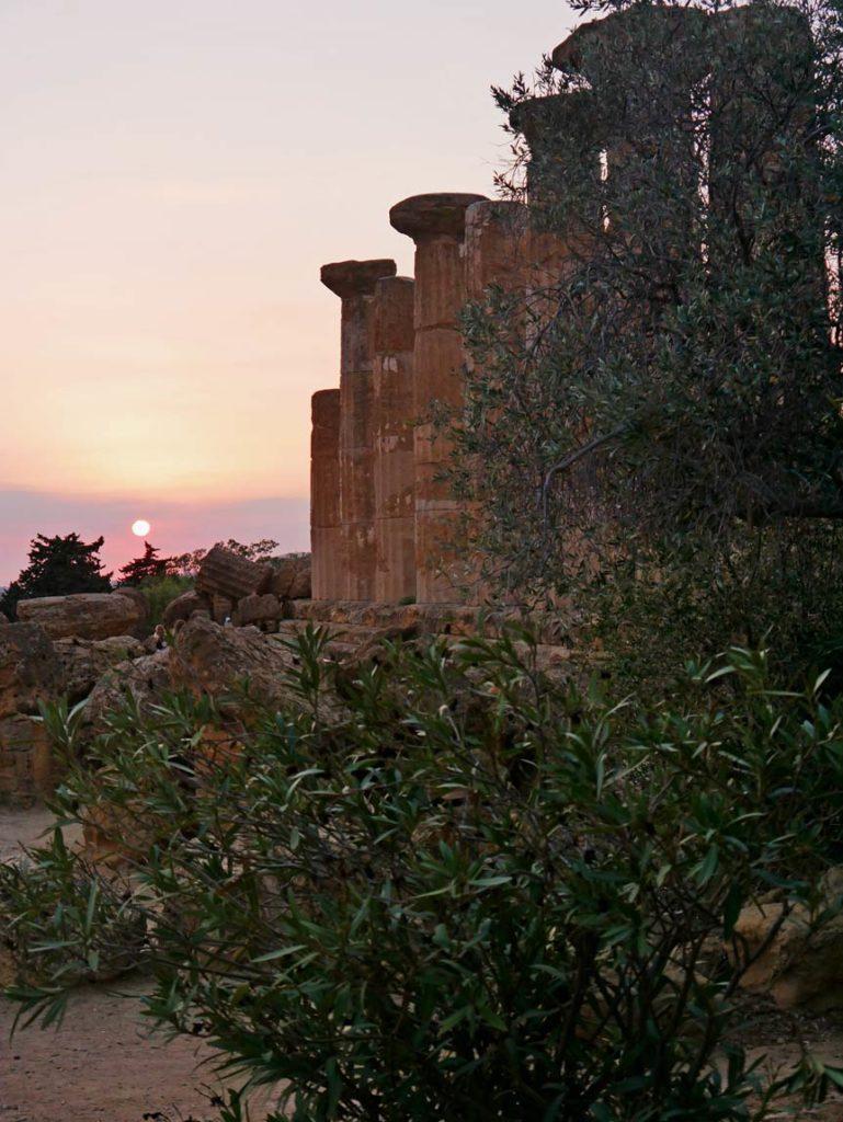 agrigent-tal-der-tempel-sizilien-mit-kindern