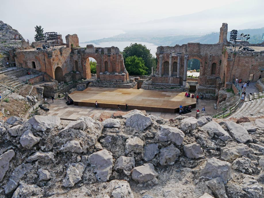 antike-theater-taormina-sizilien-mit-kindern