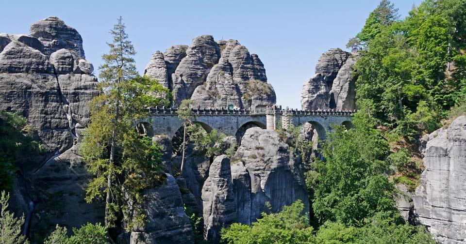 saechsische-schweiz-mit-kindern-basteibrücke