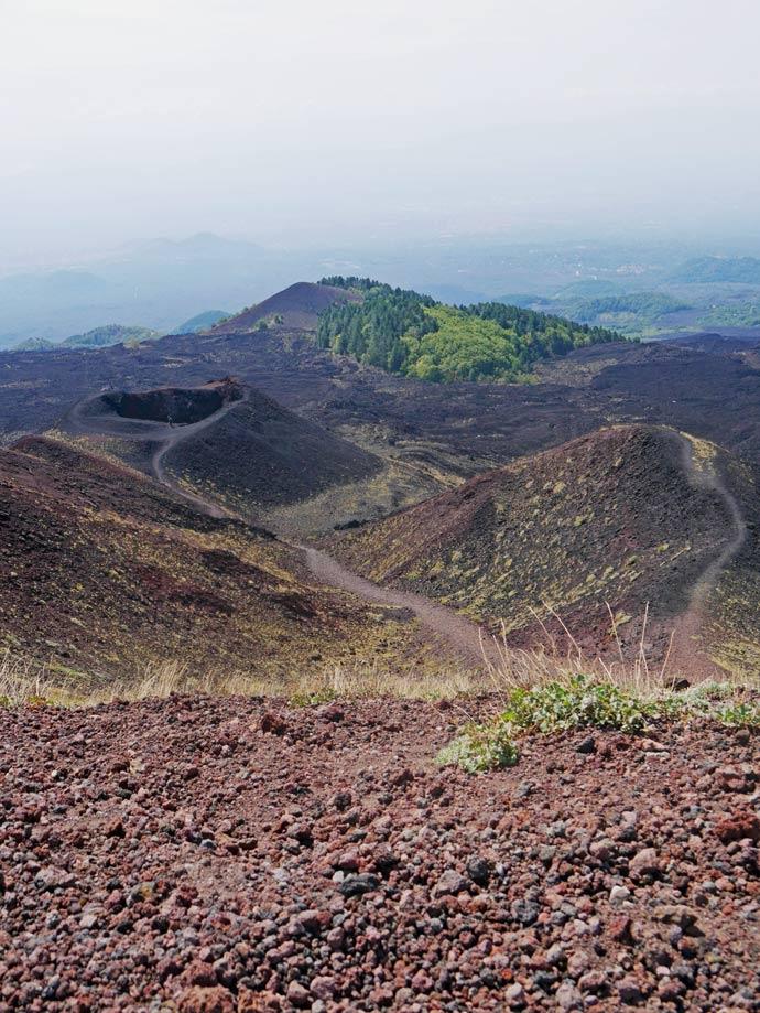 silvestri krater aetna sizilien mit kindern