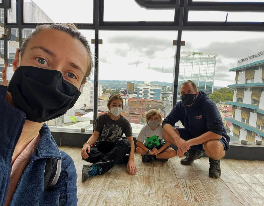 strandfamilie san jose costa rica mit kindern