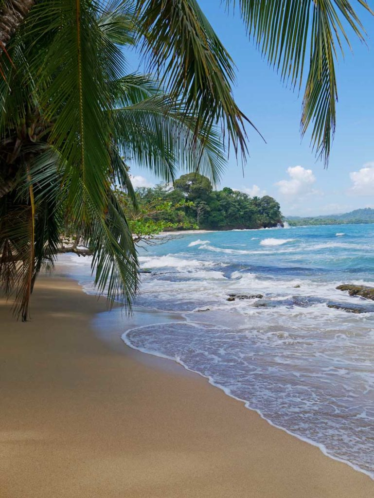punta-uva-traumstrand-karibisches-meer-costa-rica
