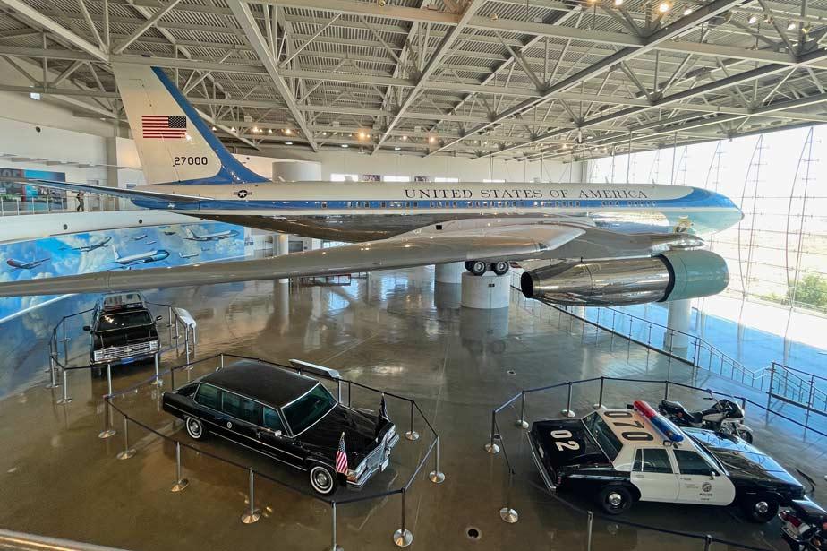 air-force-one-ronald-reagan-library-kalifornien-mit-kindern
