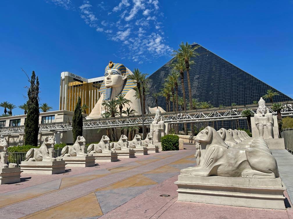 luxor-hotels-und-casino-las-vegas-mit-kind