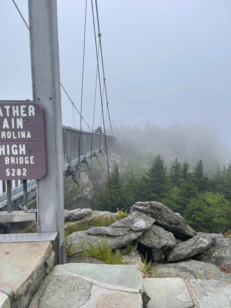 grandfather-mountain-one-mile-bridge-north-carolina-roadtrip